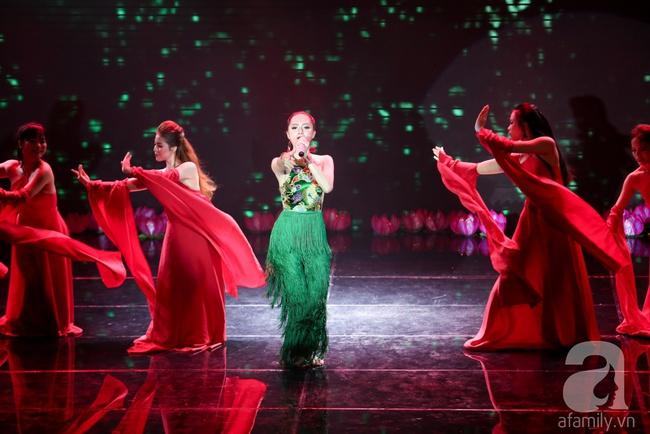 Hóa nàng sen ở The Remix, Hương Giang Idol vẫn bị loại thẳng thừng - Ảnh 3.