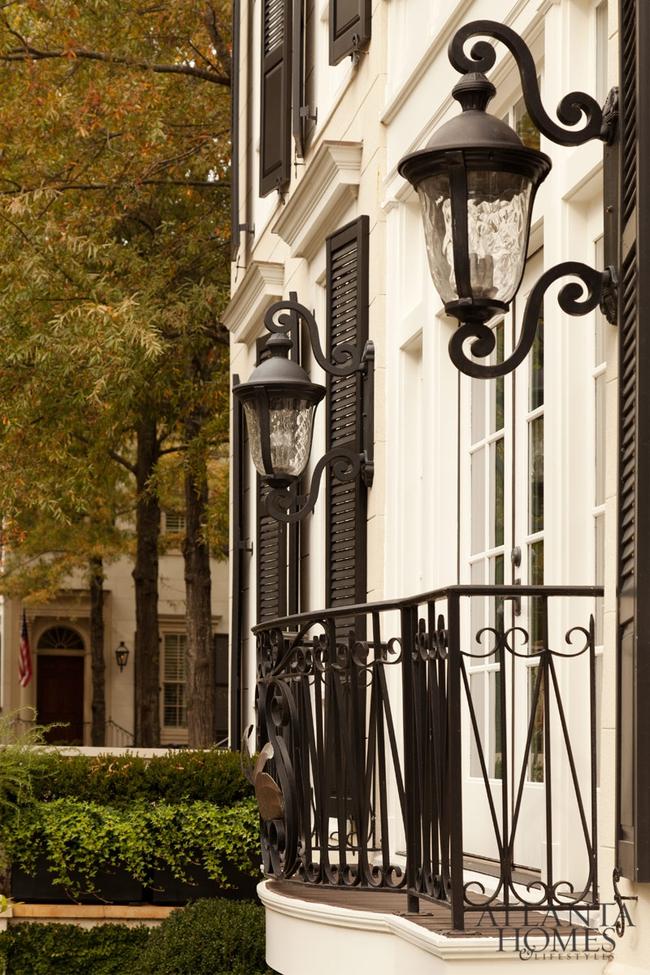 Ngôi nhà với phong cách cổ điển nhưng đầy sức quyến rũ ở mọi chi tiết dù là nhỏ nhất - Ảnh 8.