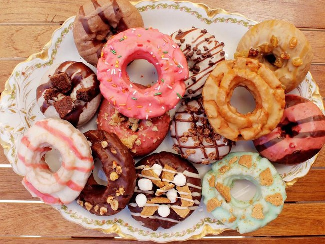 Vừa đa dạng, vừa màu sắc, những chiếc bánh donut siêu hấp dẫn này sẽ khiến bạn đứng ngồi không yên - Ảnh 7.