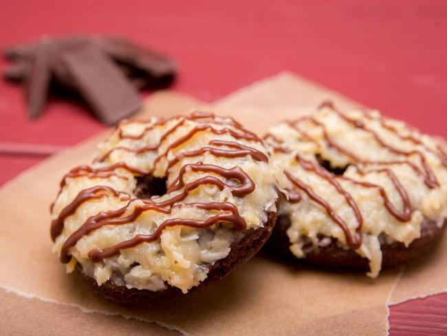 Vừa đa dạng, vừa màu sắc, những chiếc bánh donut siêu hấp dẫn này sẽ khiến bạn đứng ngồi không yên - Ảnh 19.