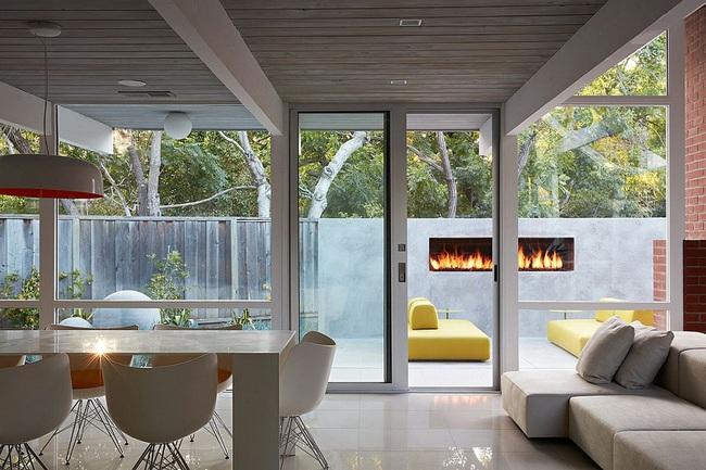 Ngôi nhà sử dụng tới 70% chất liệu gỗ đẹp đến không thể rời mắt - Ảnh 9.