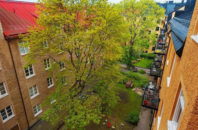 Căn hộ nhỏ trong khu chung cư cũ nhưng vẫn vô cùng xinh đẹp và tinh tế với phong cách Scandinavian  - Ảnh 1.