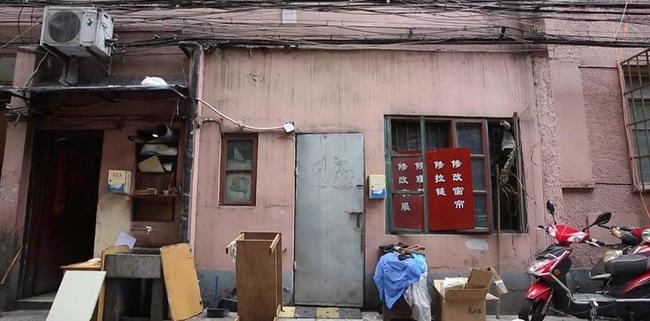 Ngôi nhà phố cổ 27m² lột xác hoàn hảo từ tối tăm thiếu sáng đến thông thoáng bất ngờ - Ảnh 3.
