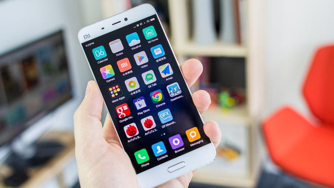 Tại sao smartphone có nhiều phiên bản nhưng thiết kế vẫn luôn là hình chữ nhật? - Ảnh 6.