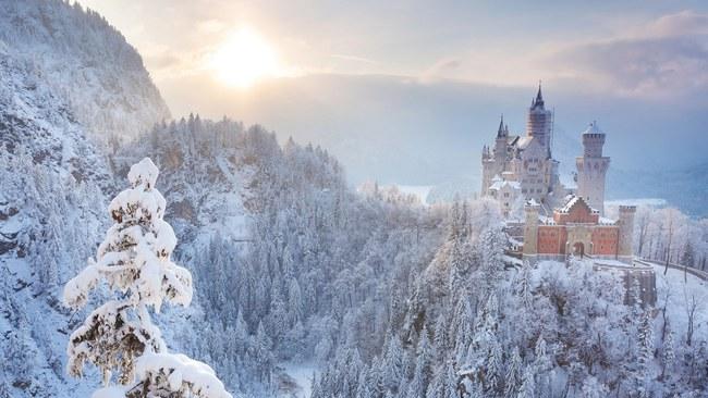 Những khung cảnh đẹp như cổ tích khi tuyết trắng bao phủ trên thế giới - ảnh 2