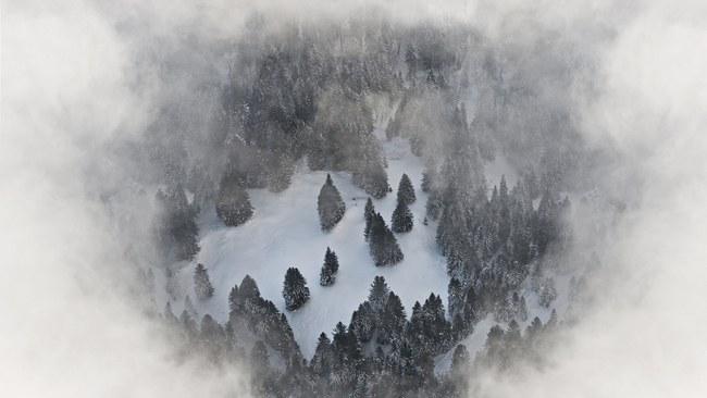 Những khung cảnh đẹp như cổ tích khi tuyết trắng bao phủ trên thế giới - ảnh 10