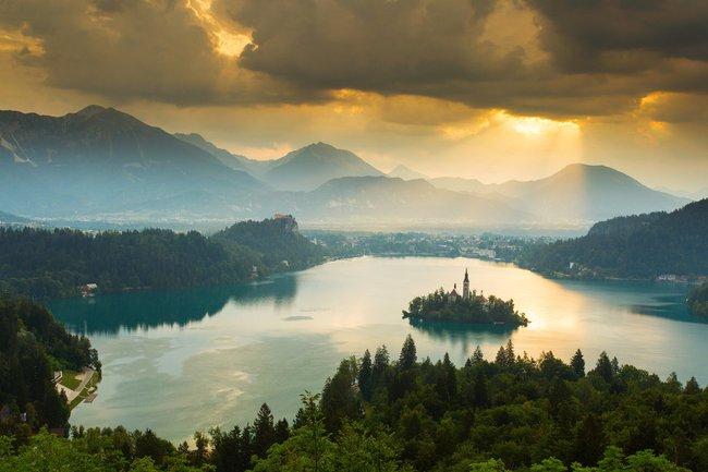 10 đất nước đẹp như truyện cổ tích nhất định nên ghé đến một lần - Ảnh 37.