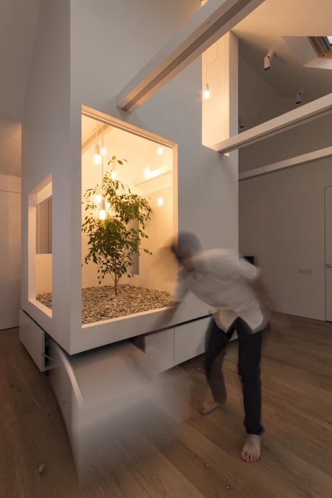 Ấn tượng với ngôi nhà chỉ 48m² nhưng có khoảng xanh cực bắt mắt với phòng khách treo lơ lửng - Ảnh 8.