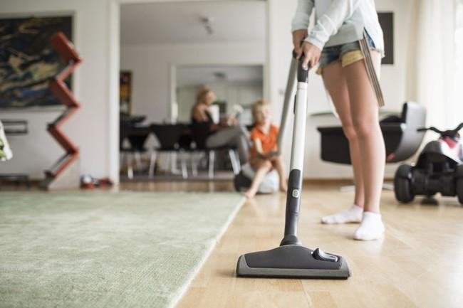 8 thói quen lau dọn nhà ai cũng nên biết nếu không muốn mệt bở hơi tai - Ảnh 6.