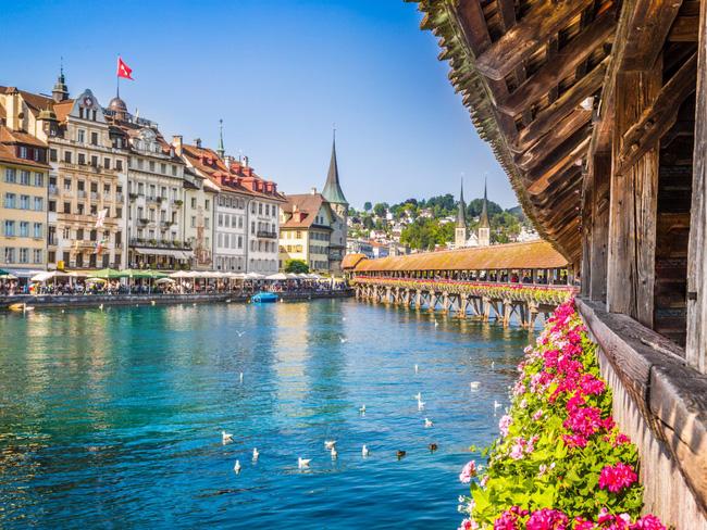 Thụy Sĩ đẹp nhường này thì ai chẳng muốn ghé thăm một lần trong đời