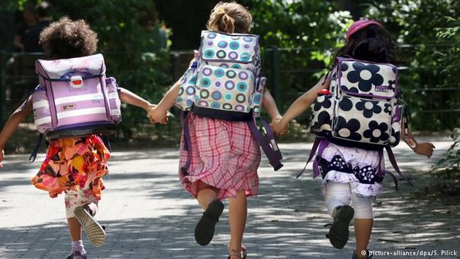 Học cha mẹ Đức nuôi dạy con độc lập tự chủ bằng 3 bí quyết đơn giản - Ảnh 1.
