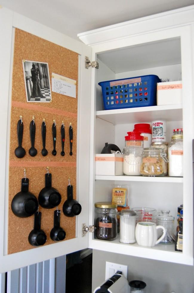 8 mẹo vặt giúp đồ dùng nhà bếp luôn gọn gàng và ngăn nắp - Ảnh 1.