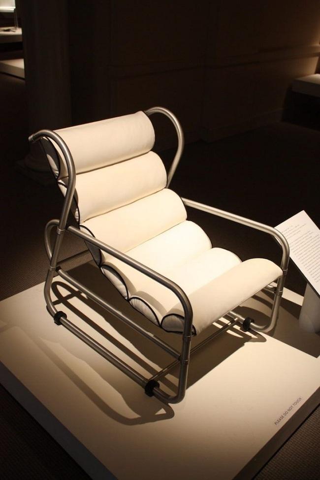 Những mẫu ghế dù trải qua hàng trăm năm vẫn giữ nguyên độ hot   - Ảnh 4.