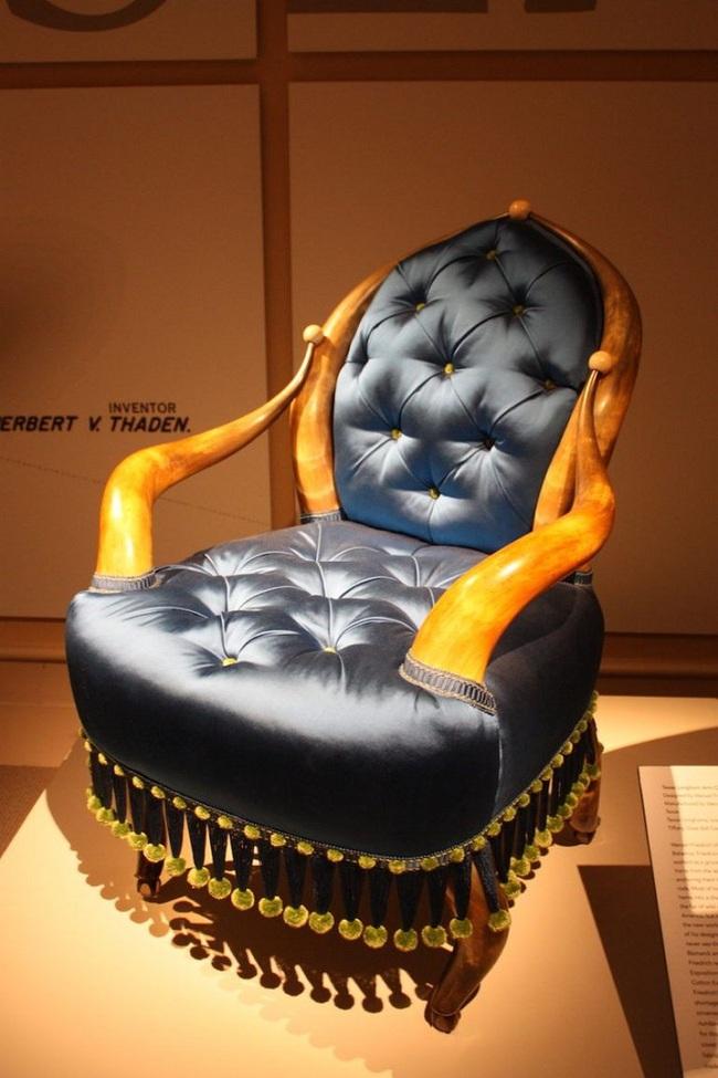 Những mẫu ghế dù trải qua hàng trăm năm vẫn giữ nguyên độ hot   - Ảnh 8.