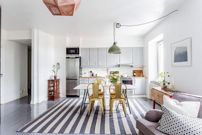 22 mẫu thiết kế phòng bếp màu xám ngỡ nhàm chán mà lại đẹp không tưởng - Ảnh 7.