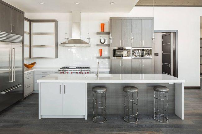 22 mẫu thiết kế phòng bếp màu xám ngỡ nhàm chán mà lại đẹp không tưởng - Ảnh 9.