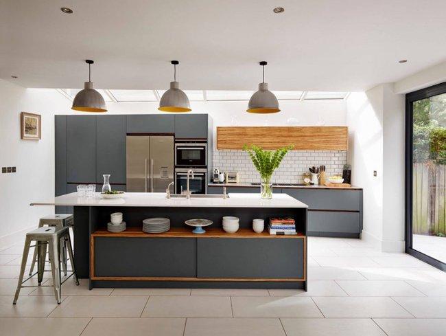 22 mẫu thiết kế phòng bếp màu xám ngỡ nhàm chán mà lại đẹp không tưởng - Ảnh 18.