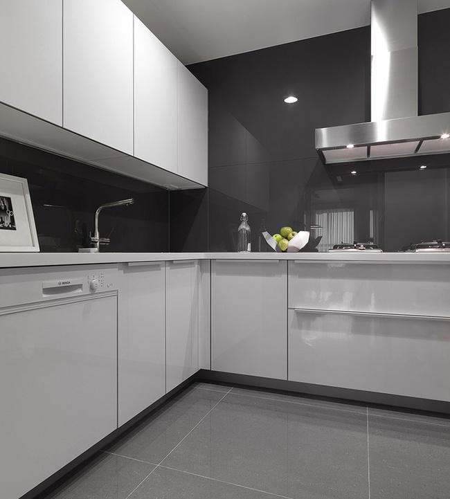 Ngỡ ngàng với cách chọn màu trung tính khiến căn hộ nhỏ trở nên đẹp thanh lịch và cá tính - Ảnh 8.