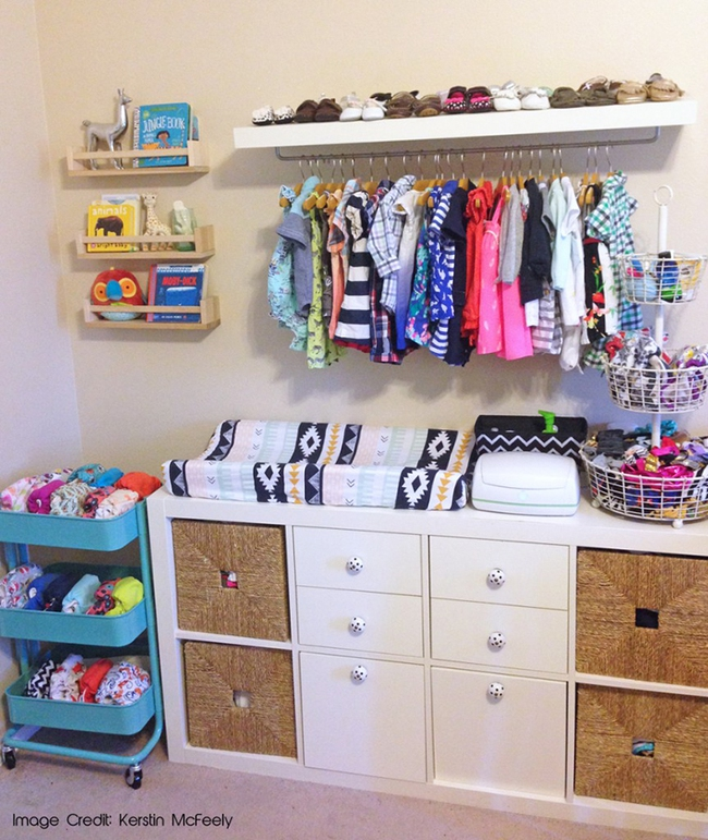 Những mẫu tủ quần áo giúp phòng của bé luôn gọn gàng và đẹp đẽ - Ảnh 2.