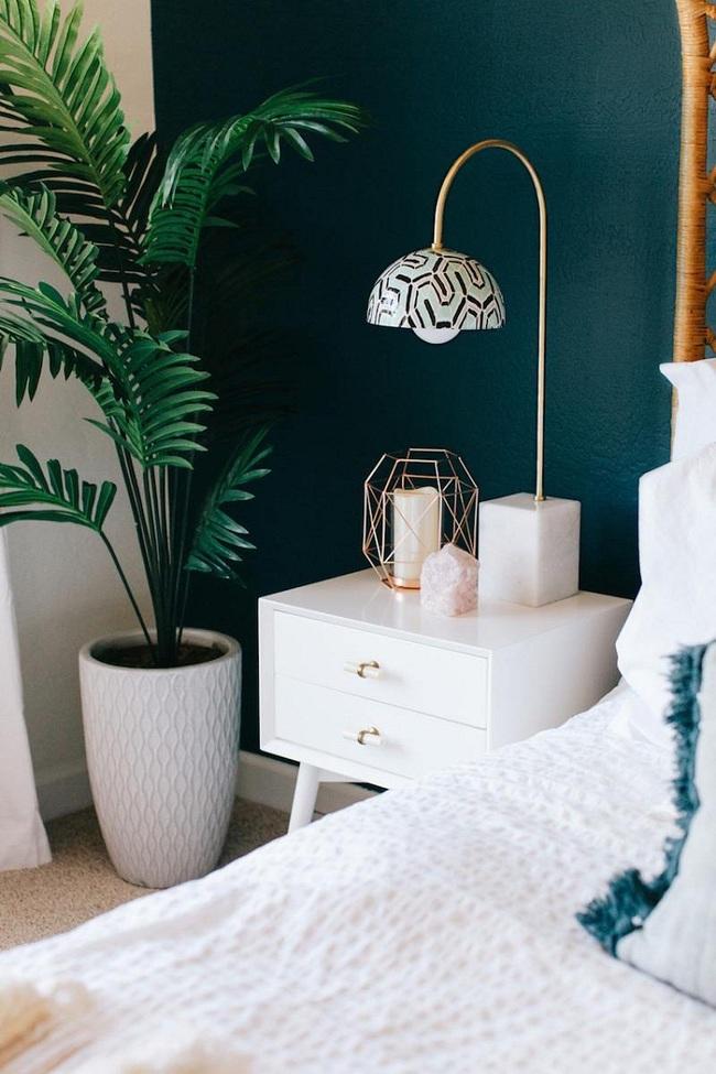 Khi đã chán đen, trắng, xám, hồng thì đừng quên xanh lá cũng là một gam màu rất tuyệt cho phòng ngủ - Ảnh 4.