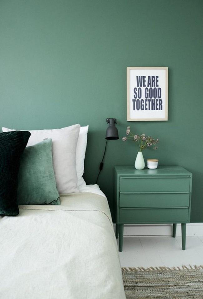 Khi đã chán đen, trắng, xám, hồng thì đừng quên xanh lá cũng là một gam màu rất tuyệt cho phòng ngủ - Ảnh 5.