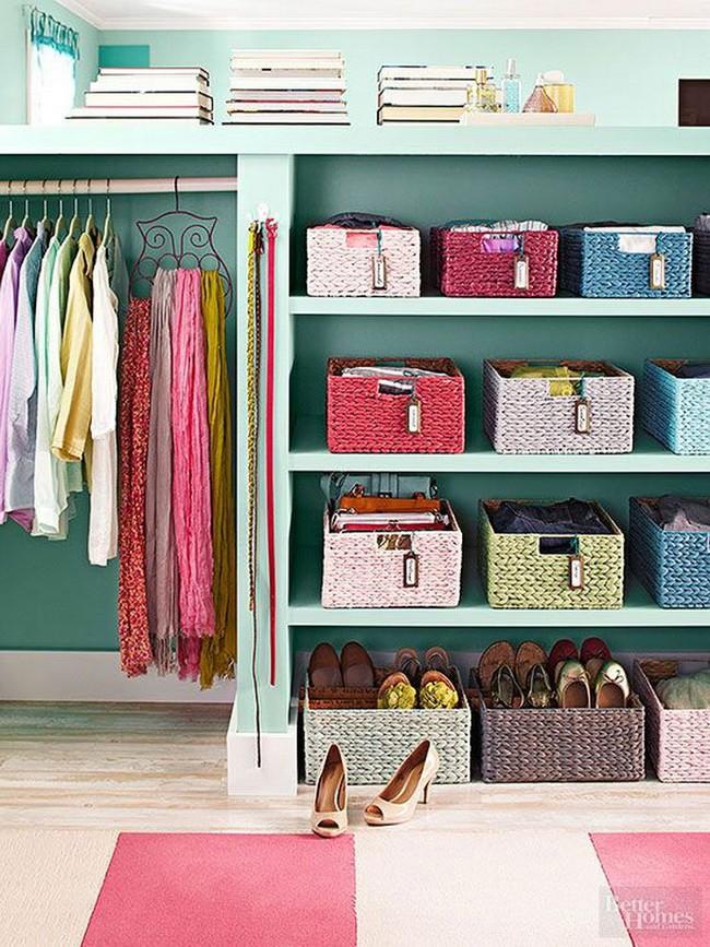 15 cách thông minh tuyệt vời để sắp xếp tủ quần áo luôn gọn gàng - Ảnh 3.