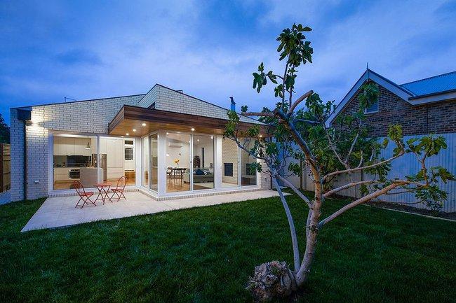 Về quê ở thôi là chưa đủ, phải mang cả cỏ đồng cỏ xanh mướt vào ngôi nhà như thế này mới chịu - Ảnh 11.