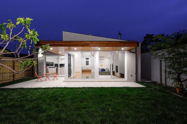 Về quê ở thôi là chưa đủ, phải mang cả cỏ đồng cỏ xanh mướt vào ngôi nhà như thế này mới chịu - Ảnh 13.