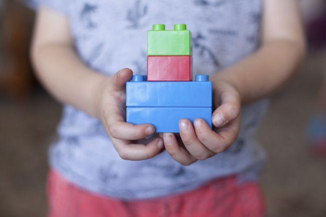 Cách làm sạch đồ chơi cho trẻ dễ dàng mà an toàn và vô cùng đơn giản - Ảnh 4.