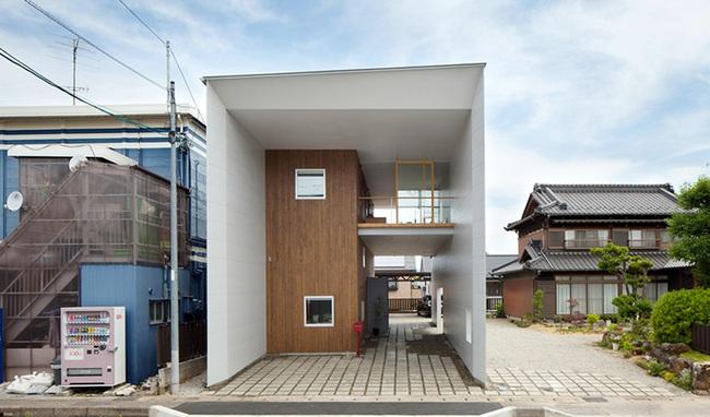 Ngôi nhà hai tầng hút hồn người xem nhờ sử dụng chất liệu gỗ tự nhiên ở Nhật - Ảnh 3.