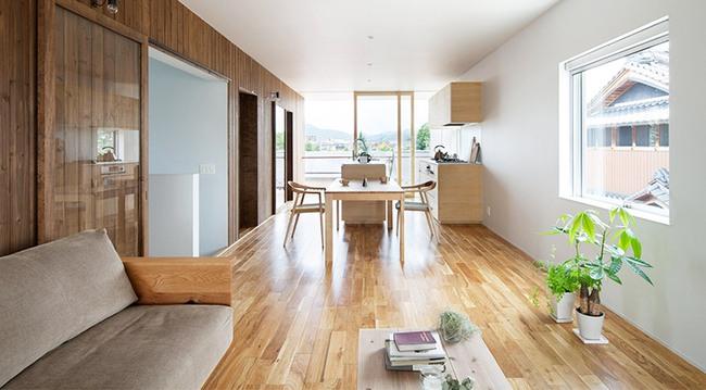 Ngôi nhà hai tầng hút hồn người xem nhờ sử dụng chất liệu gỗ tự nhiên ở Nhật - Ảnh 6.