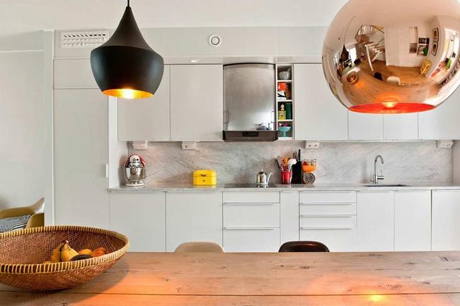 Căn hộ hai tầng đẹp tinh tế và hiện đại với phong cách tối giản - Ảnh 5.