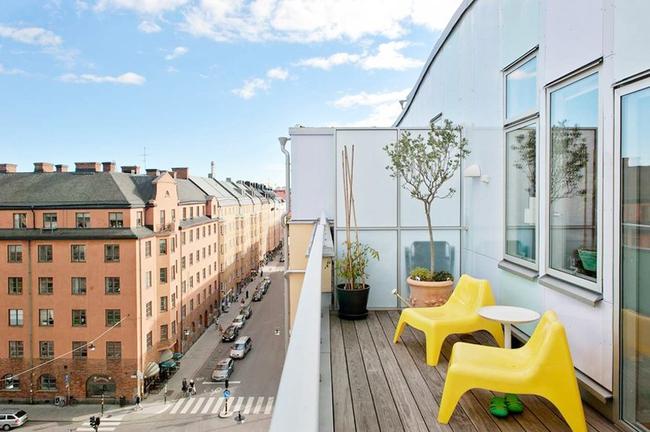 Căn hộ hai tầng đẹp tinh tế và hiện đại với phong cách tối giản - Ảnh 9.