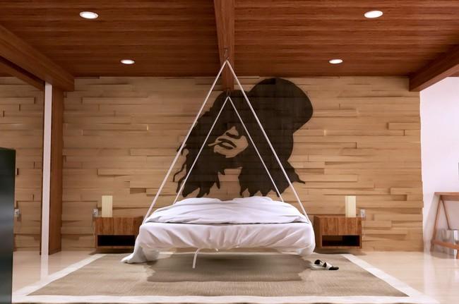 17 phòng ngủ gỗ xua tan định kiến về nội thất gỗ là nặng nề và già nua - Ảnh 6.