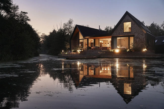 Cuối tuần được thư giãn trong ngôi nhà bên hồ như thế này thì chẳng còn gì thích hơn - Ảnh 12.