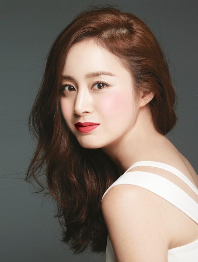 """Những sao nữ châu Á có gia thế """"khủng"""" khiến nhiều người ghen tị  - Ảnh 6."""