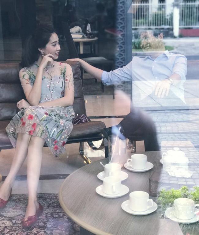 Bạn trai Hoa hậu Đặng Thu Thảo lên tiếng bảo vệ người yêu trước tin đồn bội bạc - Ảnh 1.