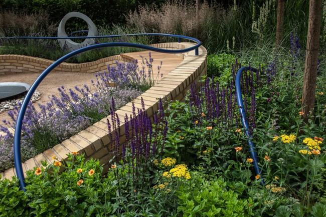 10 cách để hô biến sân vườn nhỏ trước nhà trở nên lung linh - Ảnh 8.