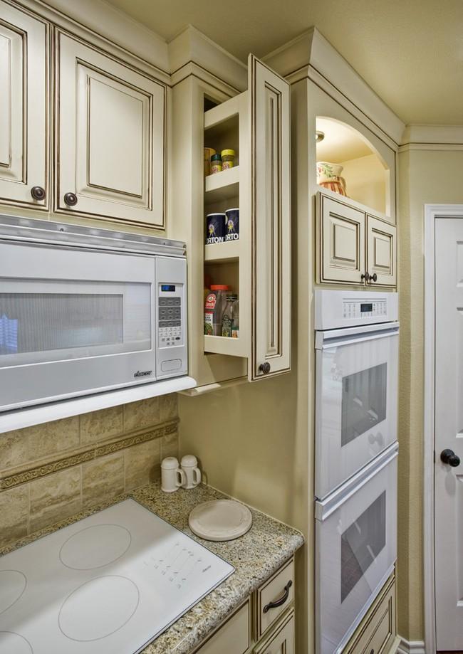Những mẹo thông minh giúp phòng bếp nhỏ trông rộng thoáng bất ngờ - Ảnh 9.