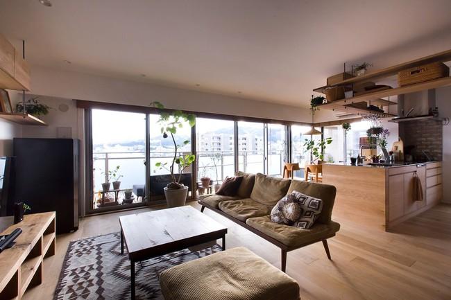 Ngắm căn hộ độc đáo với nội thất đầy sáng tạo của đôi vợ chồng người Nhật - Ảnh 2.