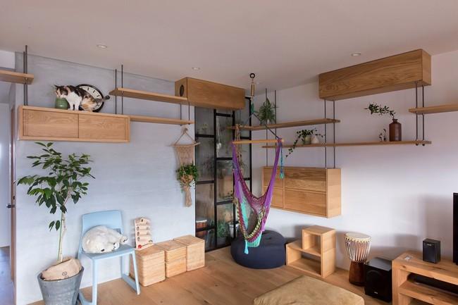 Ngắm căn hộ độc đáo với nội thất đầy sáng tạo của đôi vợ chồng người Nhật - Ảnh 3.