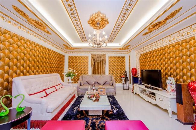 Ngắm trọn vẹn biệt thự triệu đô dát vàng xa hoa theo phong cách hoàng gia của Lý Nhã Kỳ - Ảnh 6.