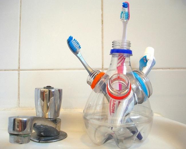 10 cách tái chế hoàn hảo những vật phẩm đơn giản để cất giữ bàn chải đánh răng  - Ảnh 1.