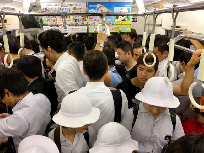 Đây là cách các mẹ Nhật khiến con ngoan ngoãn nghe lời mà không cần đòn roi - Ảnh 2.