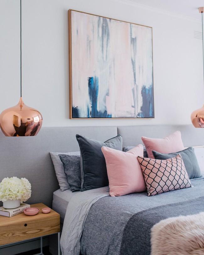 Vẻ đẹp đầy lôi cuốn trong thiết kế nội thất của cặp đôi màu sắc đồng và hồng - Ảnh 9.