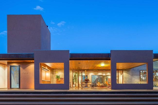 Ngôi nhà đặc biệt khi thiết kế thảm thực vật dày đặc bao quanh và nội thất độc đáo theo phong cách retro - Ảnh 13.