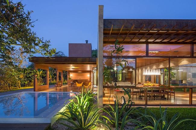 Ngôi nhà đặc biệt khi thiết kế thảm thực vật dày đặc bao quanh và nội thất độc đáo theo phong cách retro - Ảnh 15.