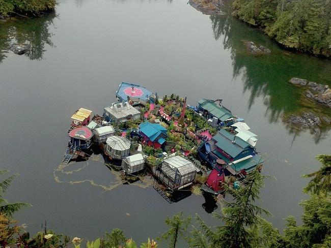 20 năm hì hục xây nhà trên sông, kết quả của hai vợ chồng khiến ai cũng bất ngờ - Ảnh 5.