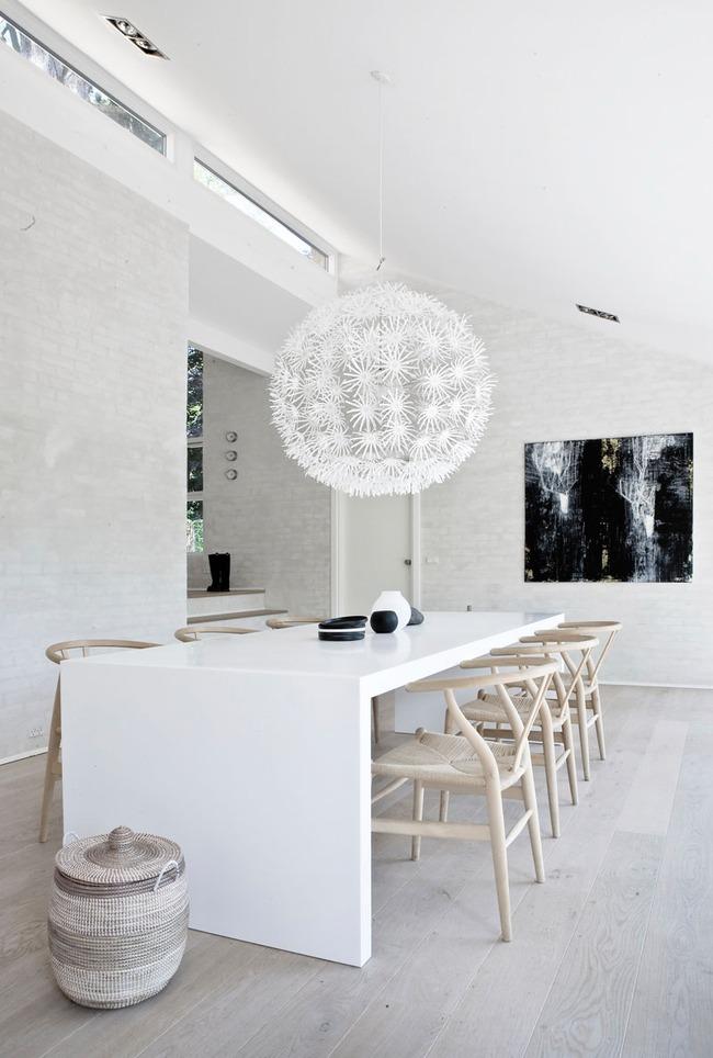 Mách bạn cách chọn đèn trang trí cho phòng ăn gia đình thêm xinh - Ảnh 3.