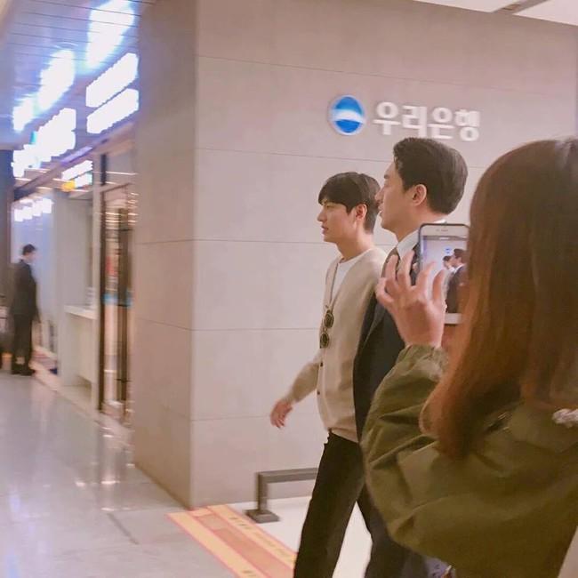 Lee Min Ho xuất hiện tươi tắn, mũm mĩm sau khi thông báo sắp nhập ngũ - Ảnh 3.